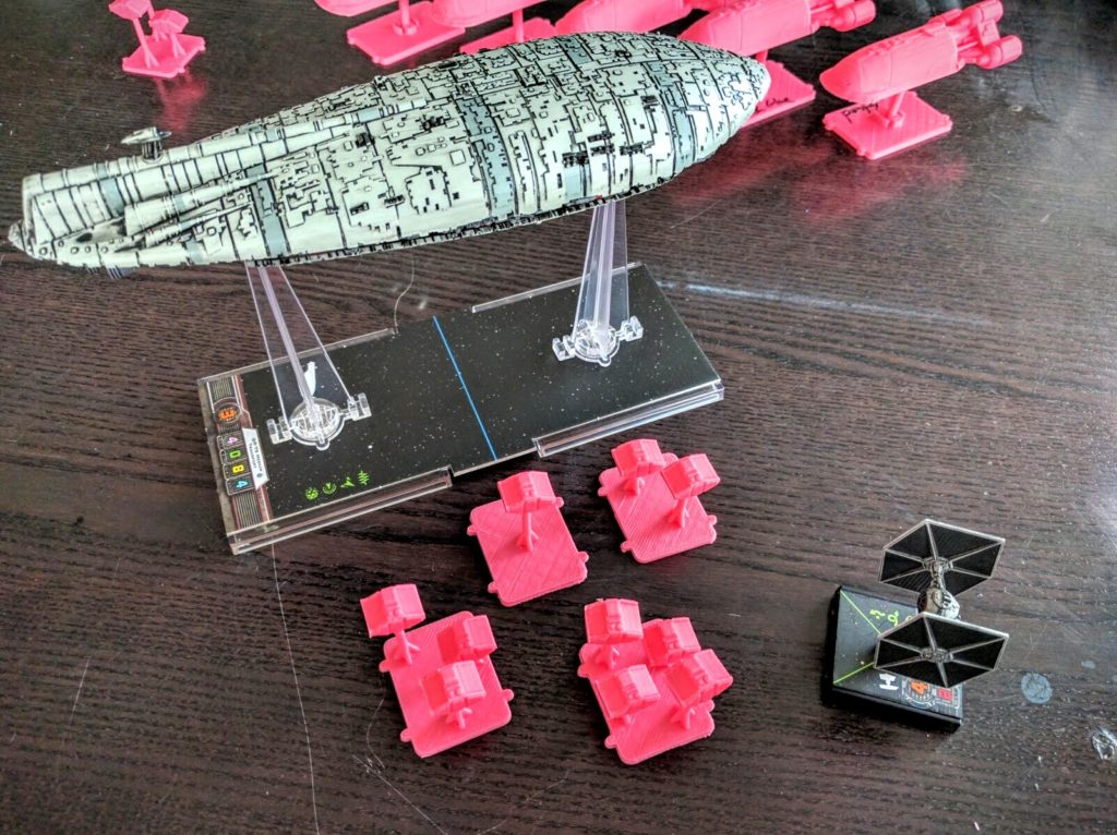 Cargo pods and their mothership under attack!